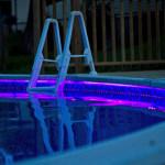 Контурная подсветка бассейна